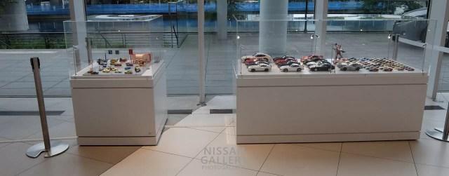 日産グローバル本社ギャラリーの歴代フェアレディZのミニカー展示