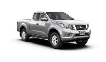 NAVARA KING CAB Calibre V 7AT (18.1MY) สีเงิน