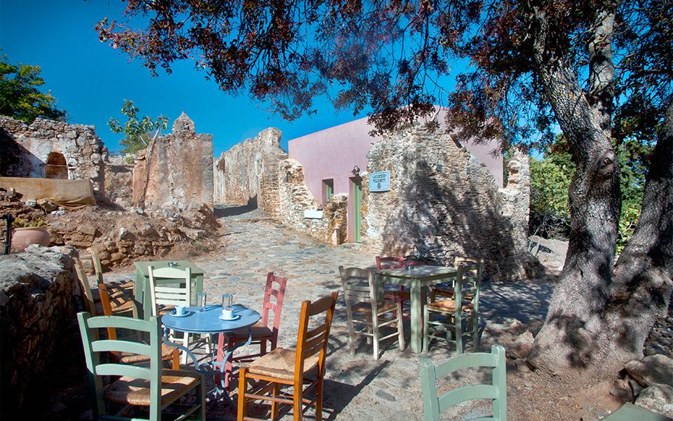 The abandoned village of Haihoutes