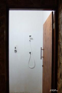 Kamar mandi dalam kamar double