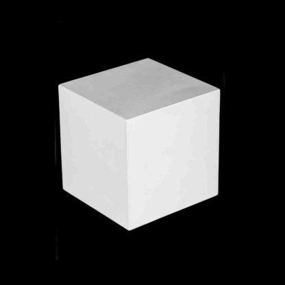 gipsovaya-figura-kub