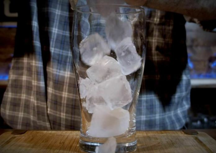 ice in cup