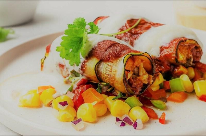 """Vegan """"Chicken"""" Zucchini Enchiladas (Low-Carb)"""