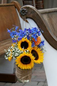blue yellow sunflower burlap wedding decor
