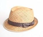 麦わら帽子をかぶる時期はいつからいつまで?風で飛ばない方法は?