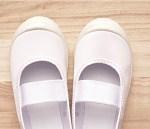 学校の上履きが臭い時の対策は?洗い方や消臭方法を紹介!