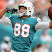 Where does Mike Gesicki rank in Madden's NFL tight end ratings?