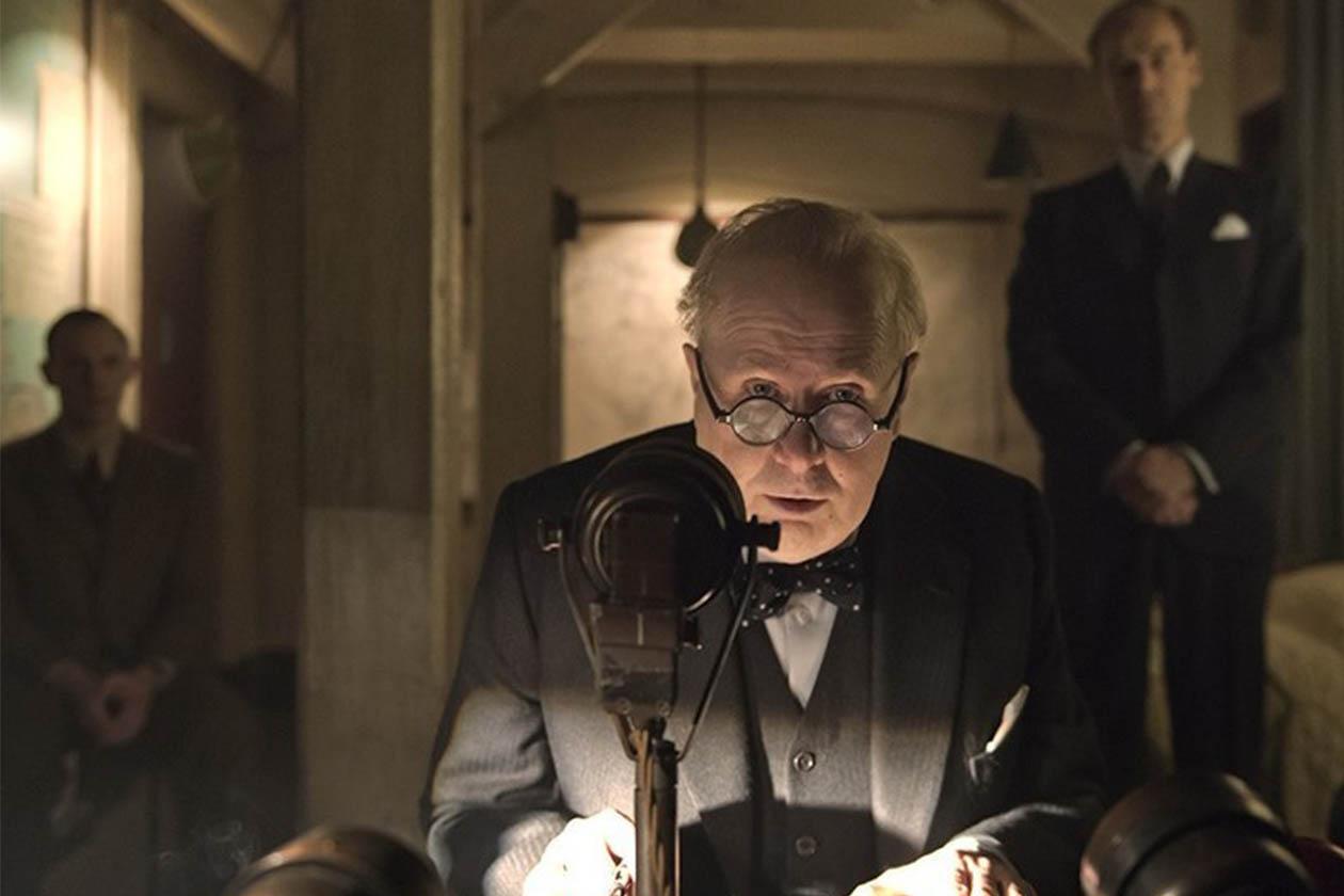 "Gary Oldman humaniza a Churchill en ""Darkest hours"""