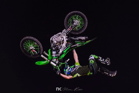 x-fighters-3839