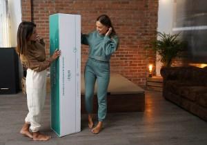 Bed in a box. Nix colchones de Atrium salud. Vienen enrollados en una caja