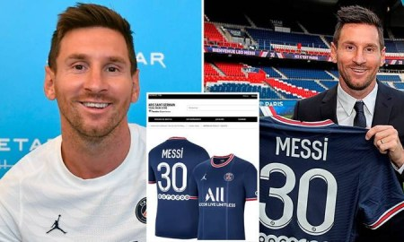 Lionel Messi's PSG shirt sold out in 30 minutes