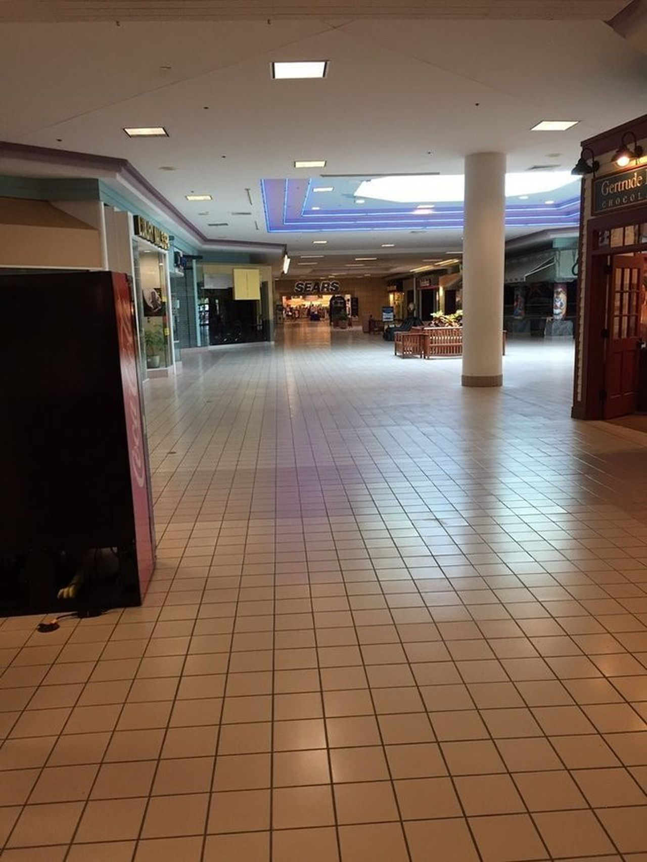 Monmouth Mall Directory : monmouth, directory, Jersey, Malls,, Ranked, Worst, Nj.com