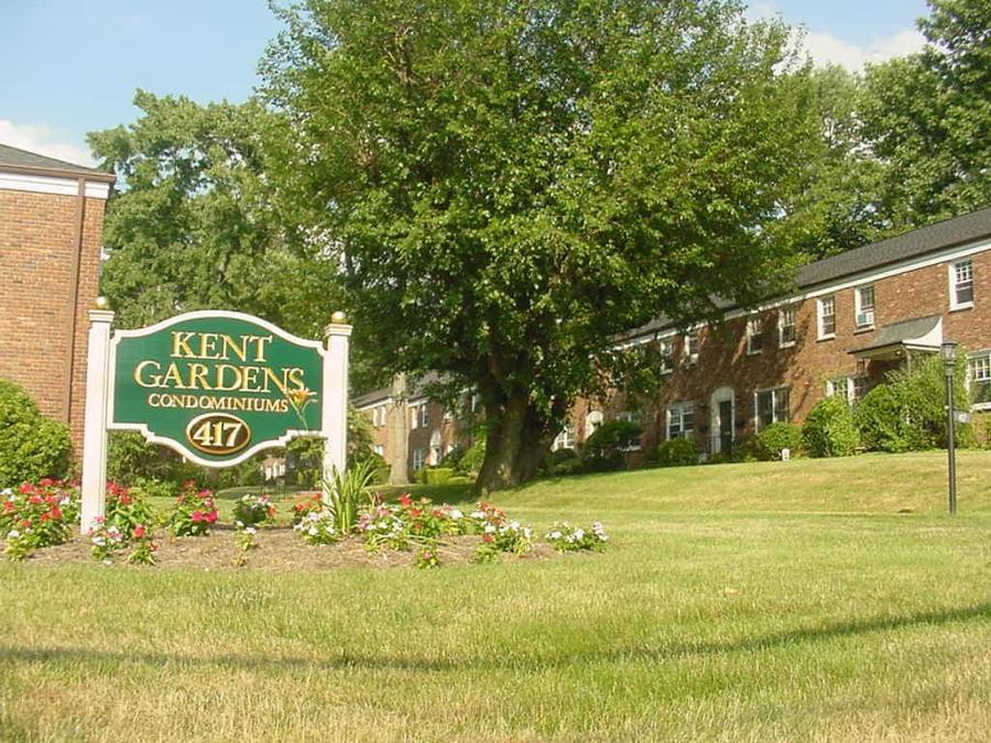 Kent Gardens Condos Summit