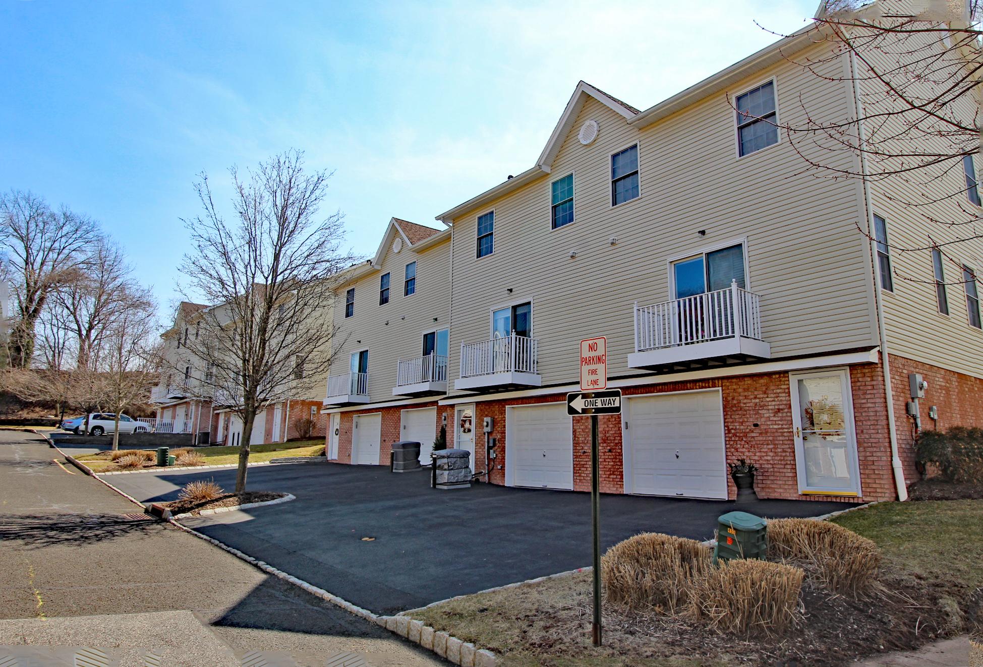 Riga Estates Condos Scotch Plains NJ
