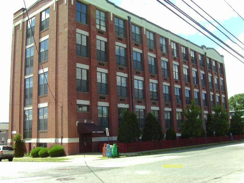 Paterson Loft Commons Condos