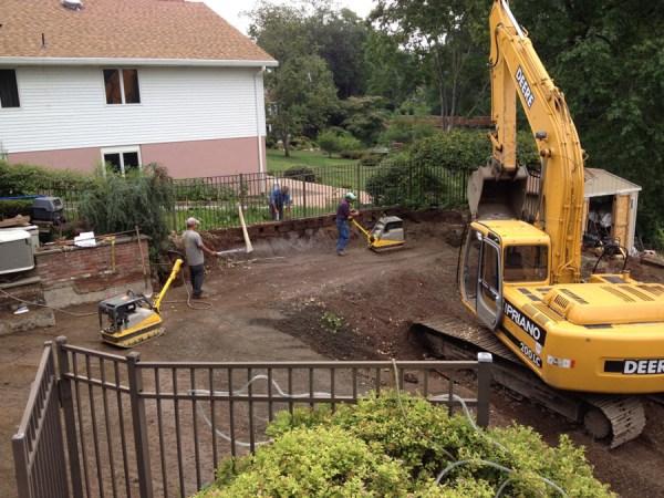 top landscape construction contractor