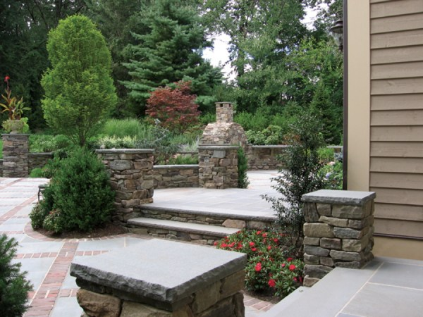 natural stone patio & wall design