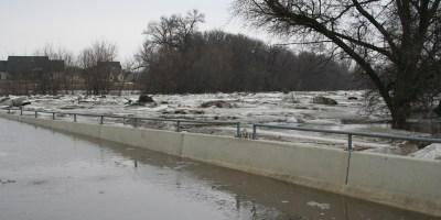 Fargo, ND 12h Avenue N Bridge, underwater at 32.4 feet on March 24th