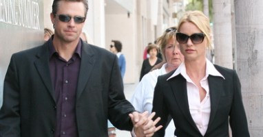 My cousin Steve Pate and Nicolette Sheridan, holding hands isn't that nice?