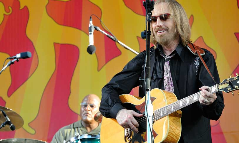 Tom Petty (with Steve Ferronne) at New Orleans Jazz & Heritage Festival 2012 (photo Takahiro Kyono CC)