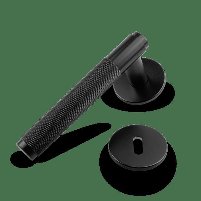 dörrhandtag-door-lever-handle-svart-buster-punch