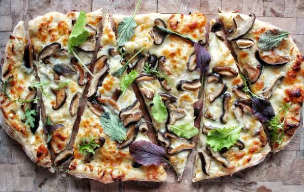shiitake mushroom flatbread