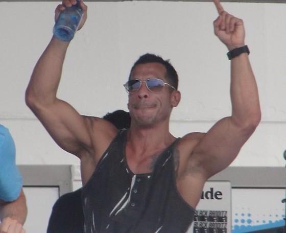 Danny Wood holding bottle of Aquahudrate