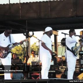 160806 Boyz II Men at Mixtape Festival 05
