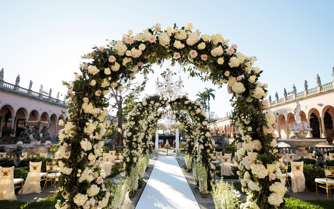 NK Productions Wedding Spotlight: Golden Glamour at The Ringling Museum Courtyard