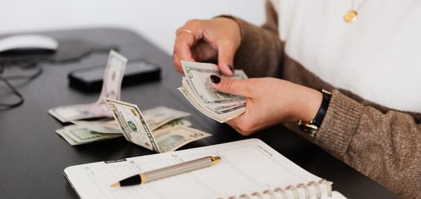 Kredyt konsolidacyjny – porządkowanie finansów