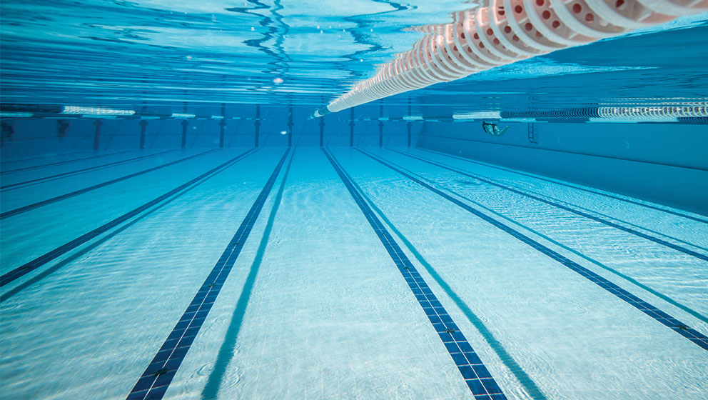 Know About Swimming Pool Liner Replacement