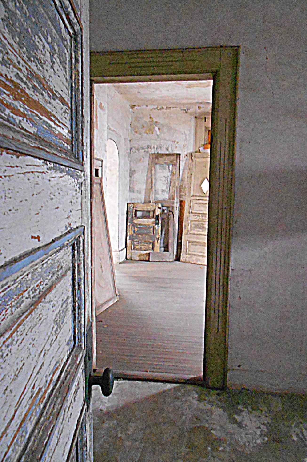 Doors and Doorways gall