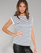 Pia Top Box Style 2 SEK 99, Serious Sally by Rut m.fl. - NELLY.COM