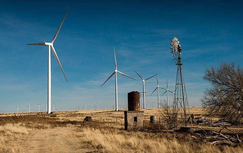 Xcel Energy completes 522-megawatt wind project in Roosevelt County