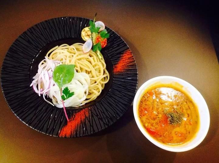 開店5周年記念の数量限定『トマトつけ麺』