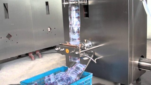 Pure Water Sealing Machine in a Pure Water Factory