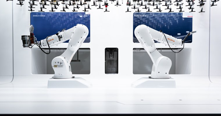 Robotic bartenders help Iceland fast casual prosper in face of pandemic