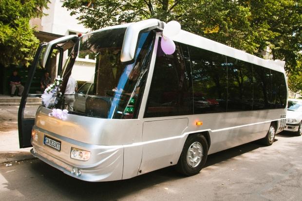 Сватбен автобус