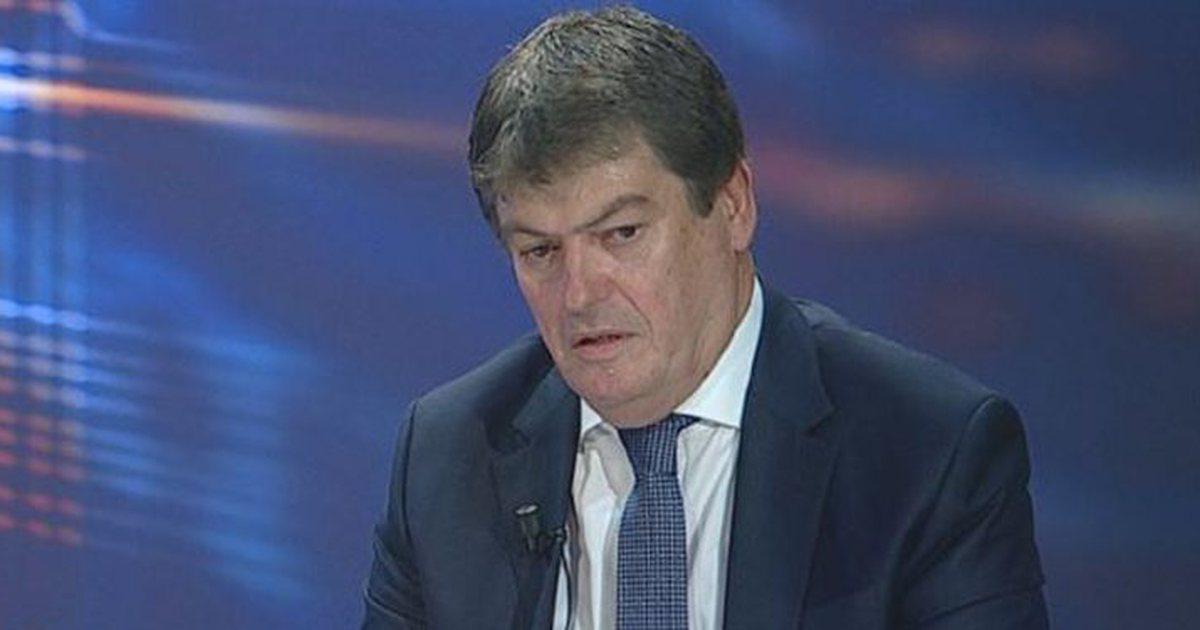 Shqipëri/ Jep dorëheqje kryetari i FRD-së, Bamir Topi