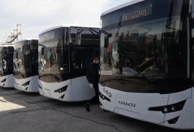 Tetovë, autobusët qëndrojnë në parking dhe nuk lëshohen në përdorim