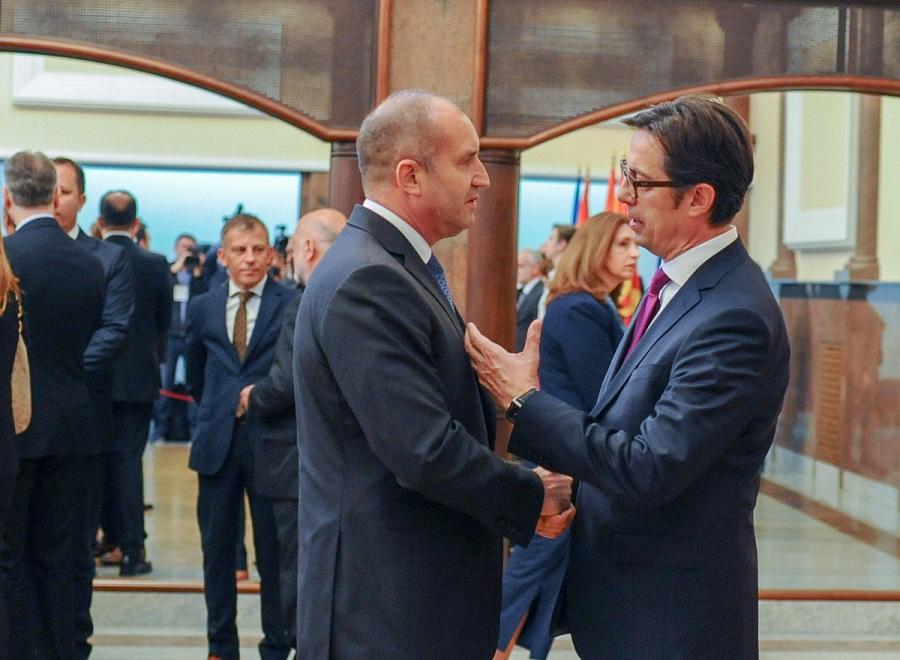 'Nxehen' gjak rat në mes Sofjes dhe Shkupit/ Pendarovski porosi presidentit Radev