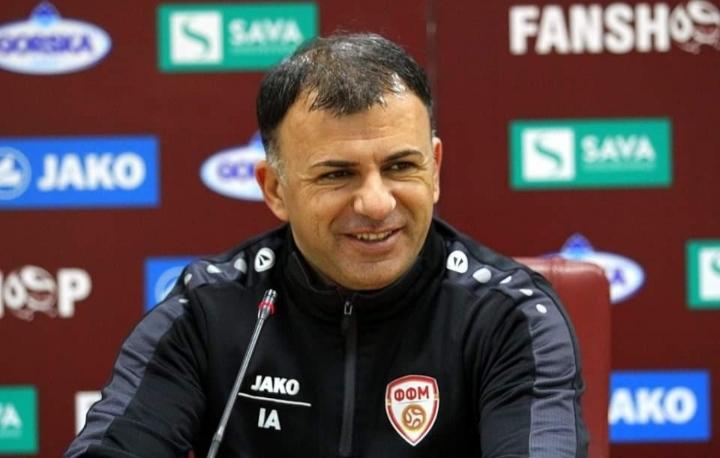 Jep dorëheqje trajneri i Maqedonisë