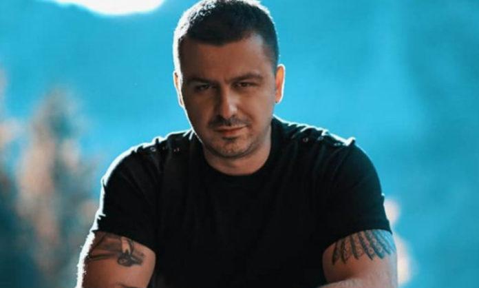 Genc Prelvukaj reagon ashpër ndaj ftesës së këngëtarit serb në Festivalin e Bi*rrës në Korçë