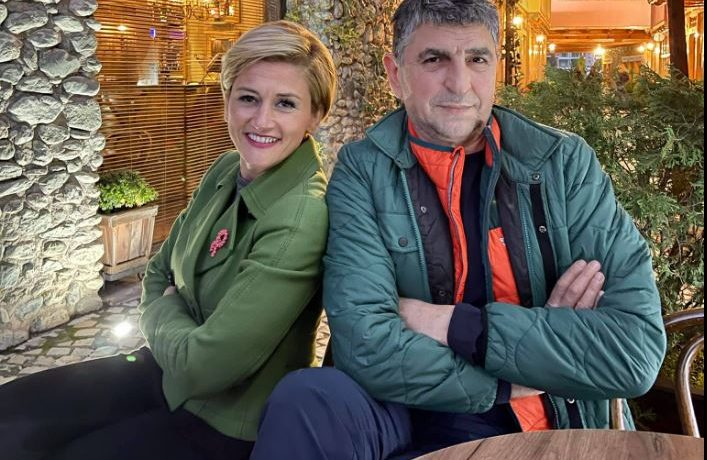 Besim Dina e përkrah Mimoza Kusarin në garën për Gjakovë