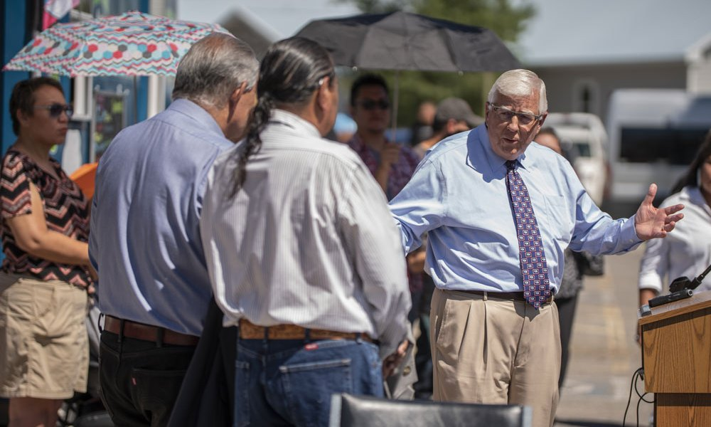Wind River Family & Community Health Care Welcomes Senator Enzi at Expanded Clinic