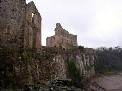 Chepstow Castle overlooks the mouth of the River Wye in a rather dramatic fashion.
