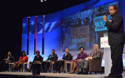 Roland Martin moderates the 'Black Lives Matter' National Town Hall Panel (Courtesy of Houston Forward Times)