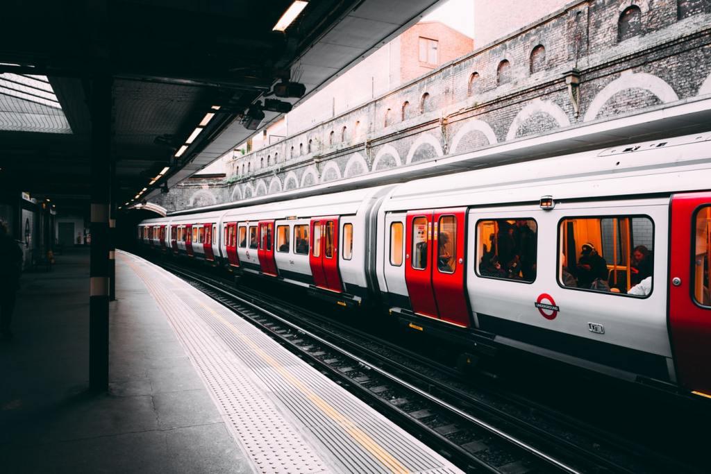 metro train UK