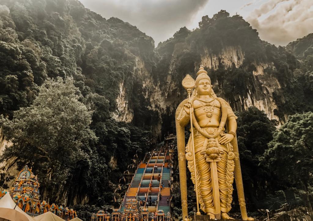 statues Malaysia