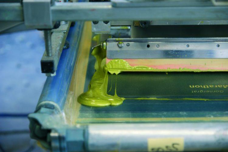 Siebdruck - Textildruck für hohe Stückzahlen.